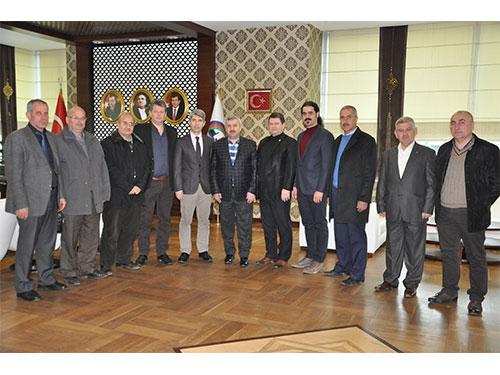 Bal-Türk'ten Körfez Belediye Başkanı'na Ziyaret