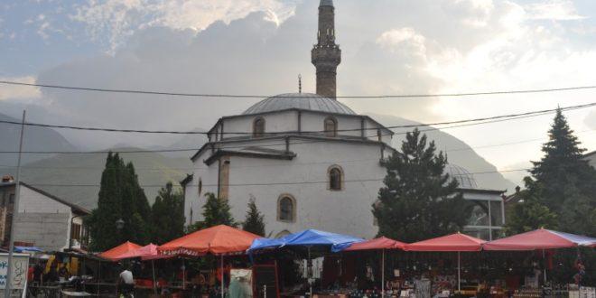 M.Akif Ersoy'un memleketinde toprak protestosu