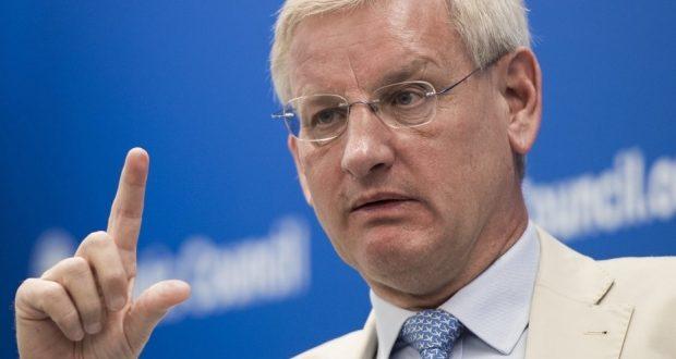 Carl Bildt: Balkanlar yangın yeri, kıvılcım Üsküp'te tutuşabilir